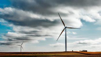 windmills-1747331_1920